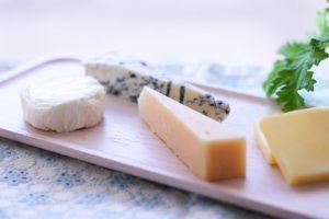 牛乳等の栄養素が凝縮されその上乳酸菌も豊富なチーズ
